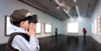 School uses virtual reality for 'school trips'